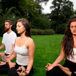YOGA: una forma de vida, una ciencia milenaria, una tradición práctica universalmente válida